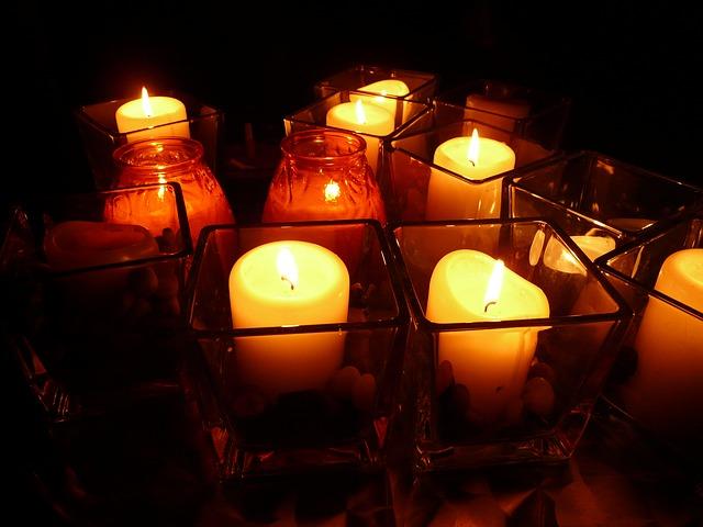 hořící svíčky