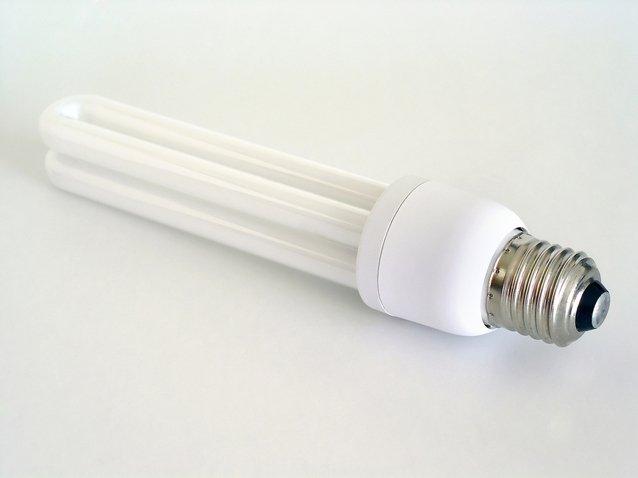 kompaktní trubicová zářivka.jpg