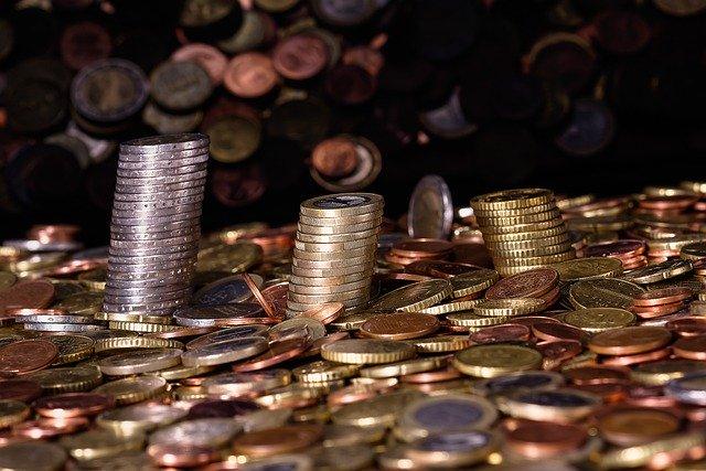 nahromaděné mince