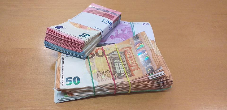 svazky eurobankovek
